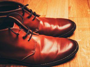 扁平足用の靴はオーダーメイドで作るといくらぐらいかかる?扁平足とオーダーメイドの靴について