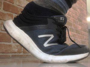 靴のかかとが浮く原因と対処方法